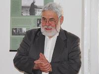 01 Molnár Imre, a Pozsonyi Magyar Intézet igazgatója köszönti az egybegyűlteket.JPG