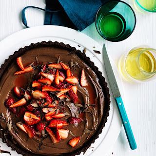 Curtis Stone'S Dark Chocolate and Strawberry Tart Recipe