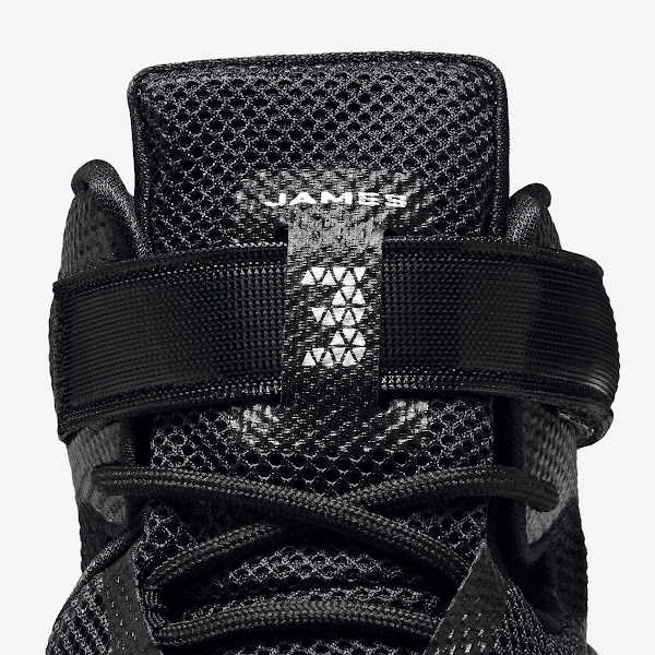 Closer Look at Blackout Nike LeBron Soldier 9