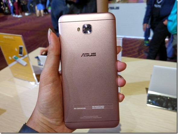 Andalkan Kamera Selfie Ganda 20MP, Asus Zenfone 4 Selfie ZD553KL Hadir di Indonesia
