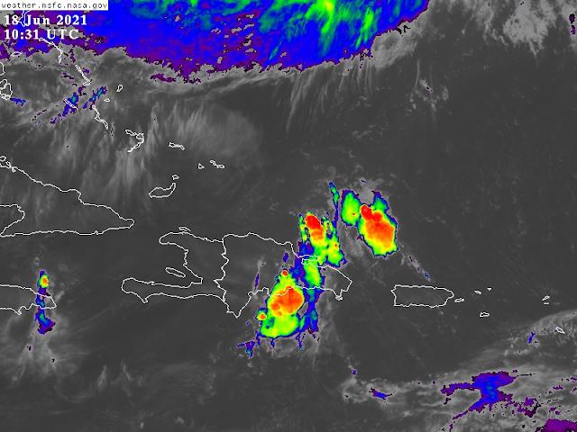 Onda tropical y vaguada inciden en el país