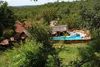 Inyanga Safari Lodge ligger smukt midt i alt det grønne ...
