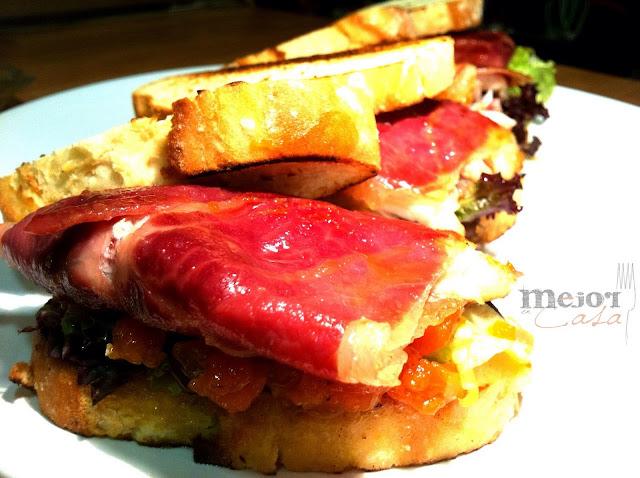 Sandich de salmonetes restaurante a domicilio Mejor en casa
