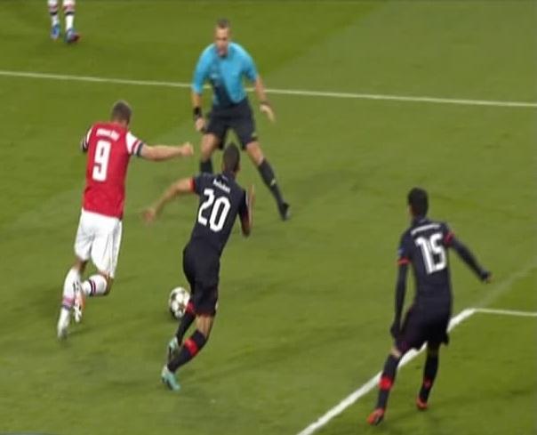Lukas Podolski, Arsenal - Olympiacos