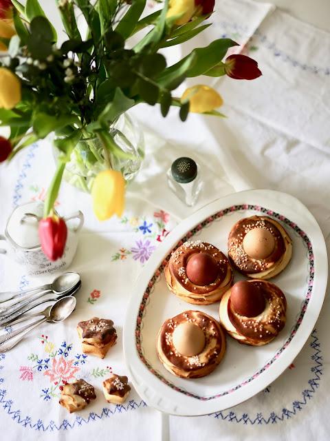 Ostereier im Ofen gebacken