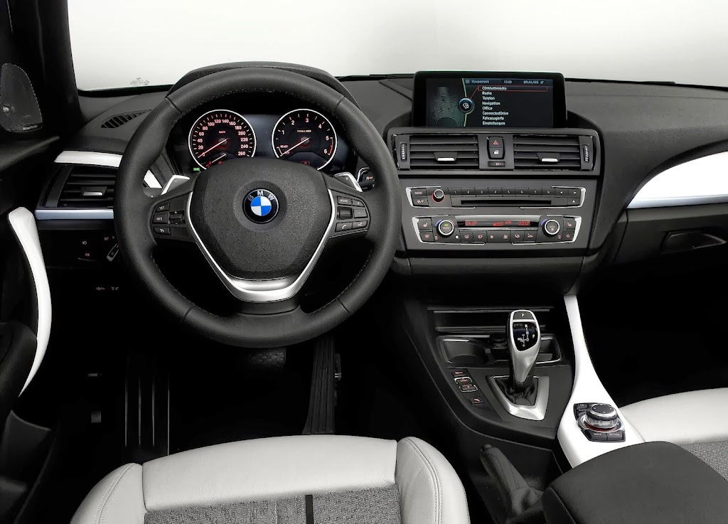 BMW-1-Series-F20-Interior-2