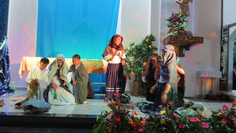 Hình ảnh đêm canh thức và thánh lễ mừng Chúa Giáng sinh 2015 tại nhà thờ Núi Sạn - Giáo hạt Nha Trang