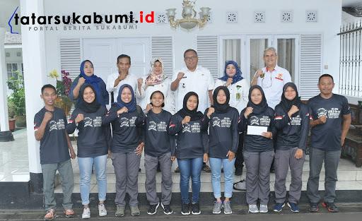 Bupati Sukabumi Marwan Hami lepas Tim Arung Jeram Indonesia Putri U-23 yang berlaga di World Rafting Champions 2019 Australia