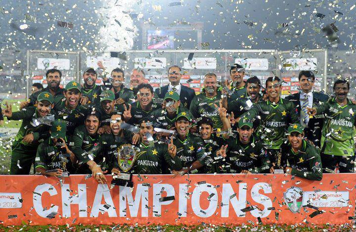 Asia Cup Winner 2012 Pakistan Winning Trophy | | Bangladesh vs Pakistan in 2012 Asia Cup final Images | Big Picture | totallycoolpix | Totally Cool Pix