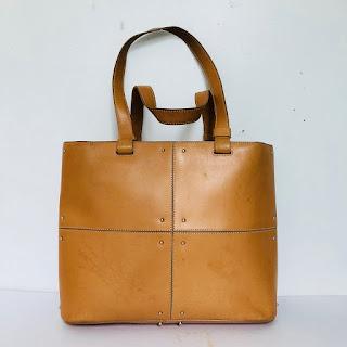 Tod's Shoulder Bag 2