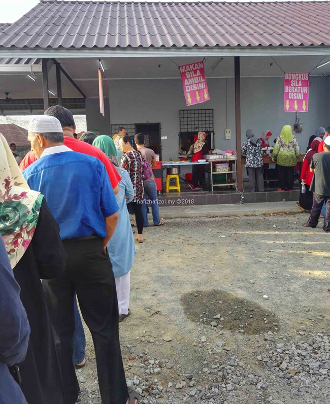Breakfast Nasi Dagang Atas Tol & Hiking Bukit Kluang, Besut