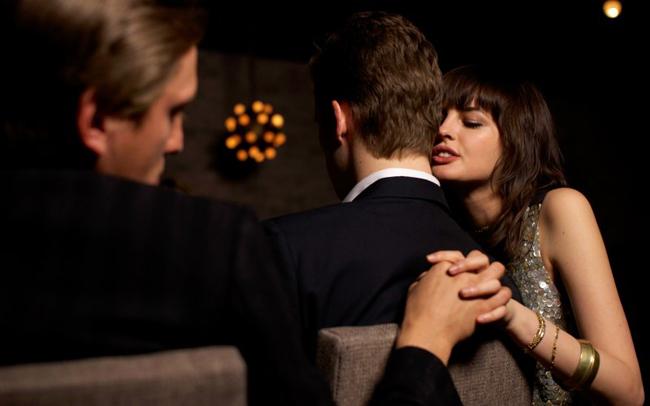 ''दो प्रेमी एक पति ''