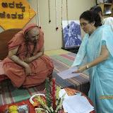 Yedatore Swamiji visits Annapoorna