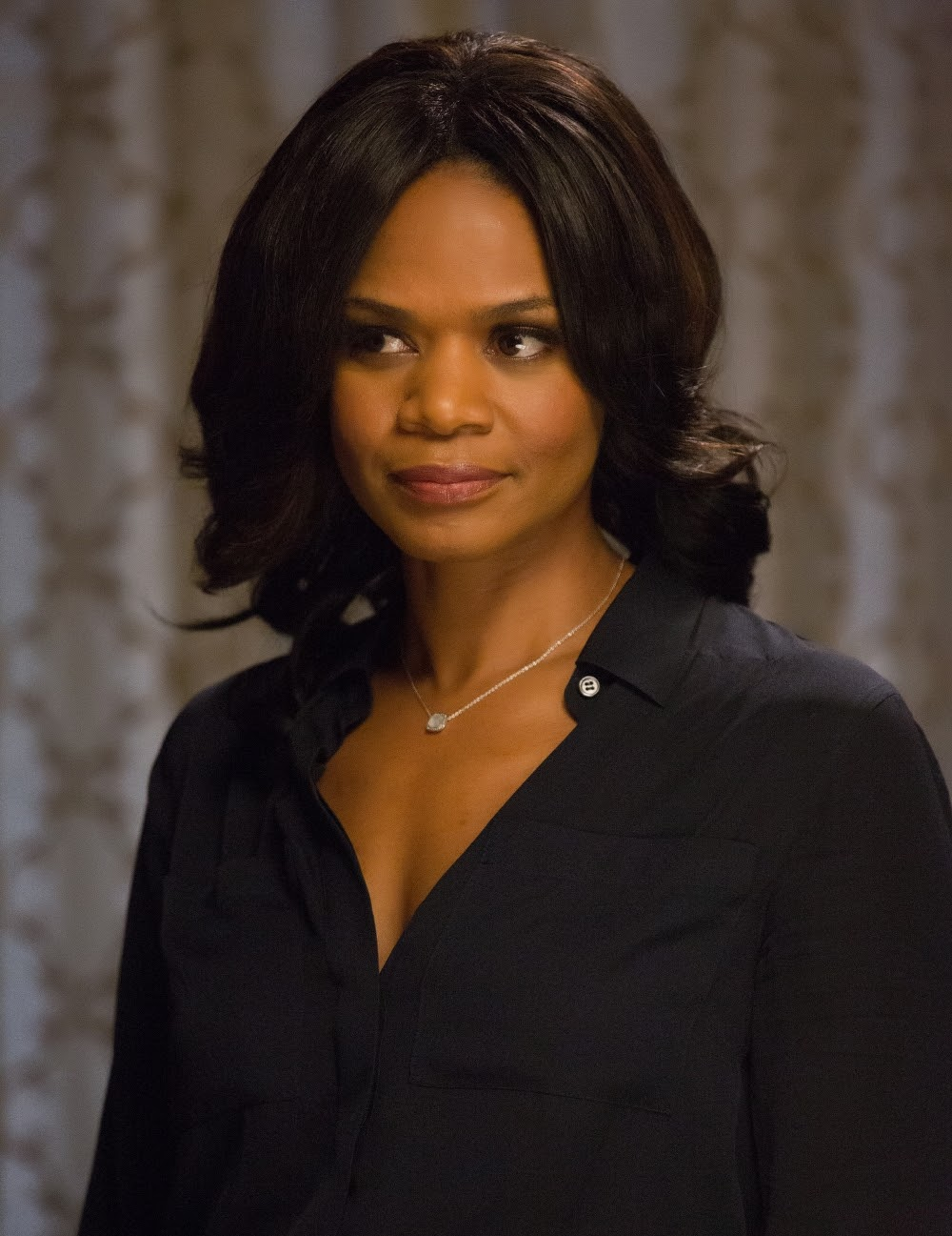Kimberly Elise in ALMOST CHRISTMAS. (Photo by Quantrell D. Colbert / courtesy of Universal Pictures).