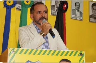 Com reeleição garantida e boa articulação na região, Adriano Wolff se consolida como a mais nova referência no Cariri