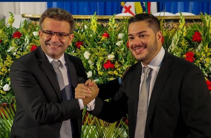 Emoção marca cerimônia de posse de Alessandro Palmeira, Daniel Valadares e vereadores; confira!