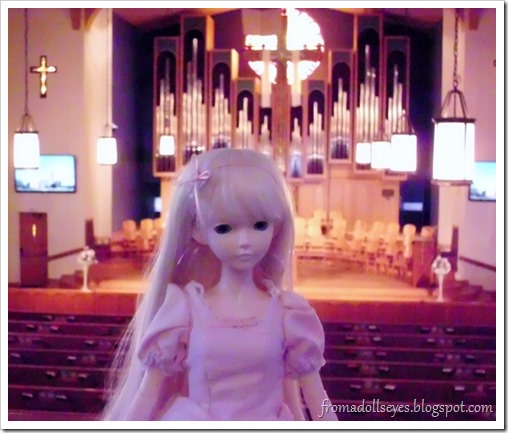 A Bjd in Front of a Church Organ