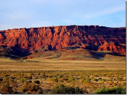 800px-Vermillion_Cliffs_Arizona_Erik_Voss_IMG_3912