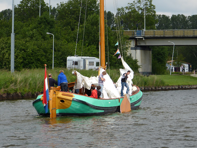Zeilen met Jeugd met Leeuwarden, Zwolle - P1010405.JPG