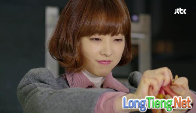 """""""Do Bong Soon"""": Park Bo Young nổi điên vì Park Hyung Sik… bóp mông Ji Soo - Ảnh 11."""