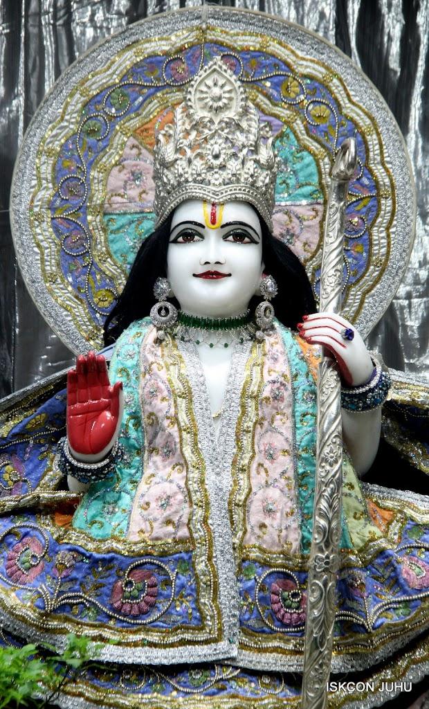 ISKCON Juhu Mangal Deity Darshan on 5th Aug 2016 (6)