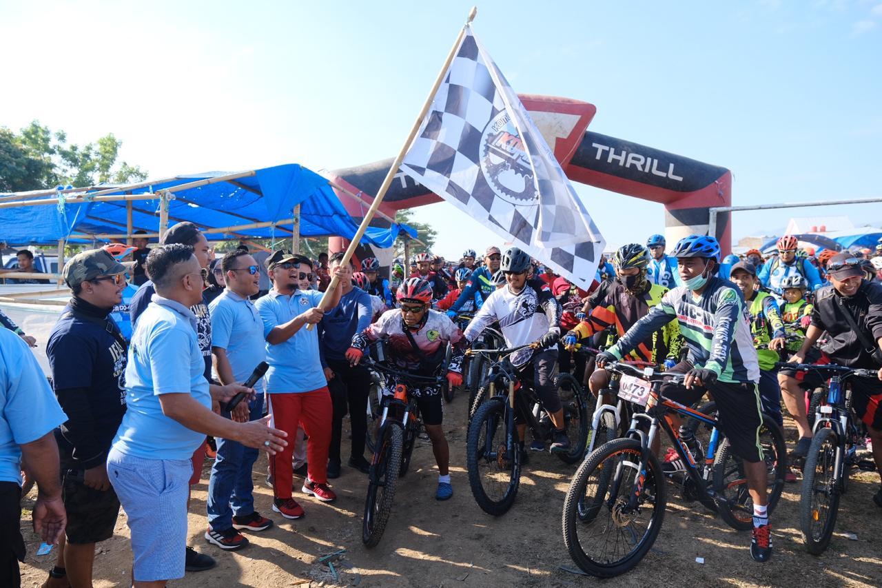 Event Jejak Alam Kahu Cross Country Adventure Bike   Wagub Sulsel Lepas 1.300  Pesepeda untuk Perkenalkan Destinasi Wisata Bone