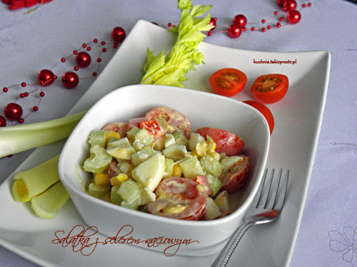 Salatka z selerem naciowym i jajkami