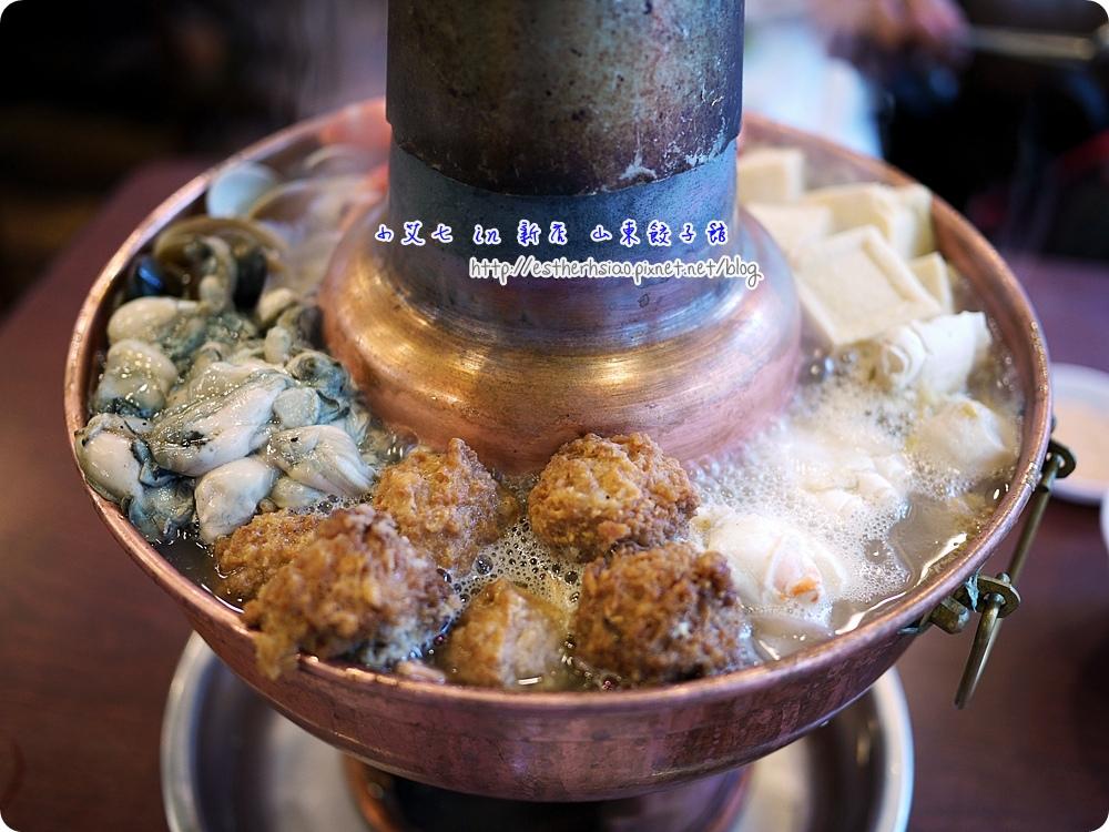 11 酸菜白肉鍋