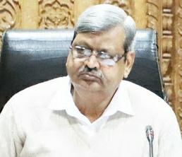 जिपं सीईओ वर्मा ने CM हेल्पलाइन में लापरवाही बरतने पर सात जनपद सीईओ को थमाया नोटिस   Shivpuri News