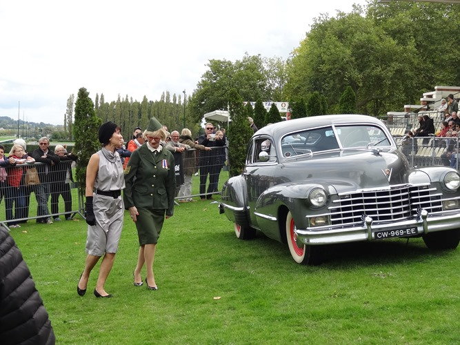 2017.10.08-042 Cadillac Sedanette 1949