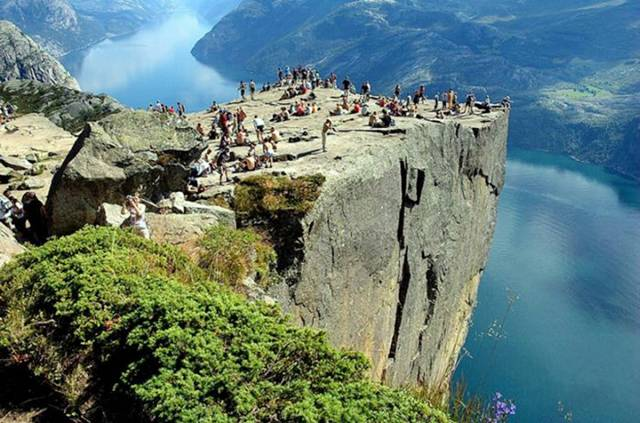 Preachers Rock, Pulpit, Norway | World Most Beautiful Amazing Places