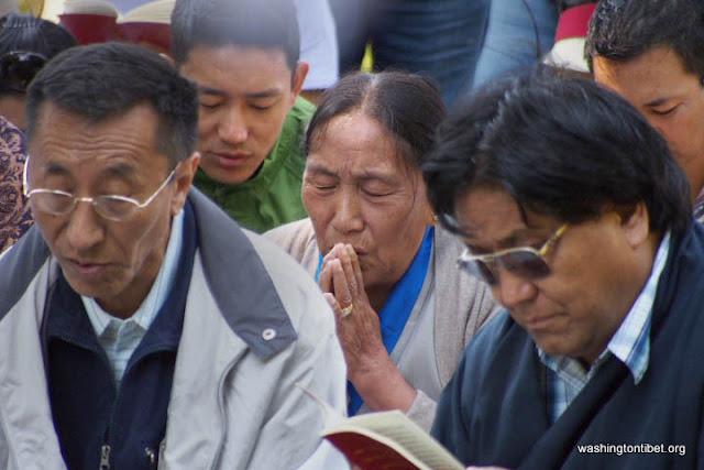 H.H. the 14th Dalai Lamas 77th Birthday Celebration at Carkeek Park - 16-ccP7070128%2BHHDL%2BPicnic72.jpg