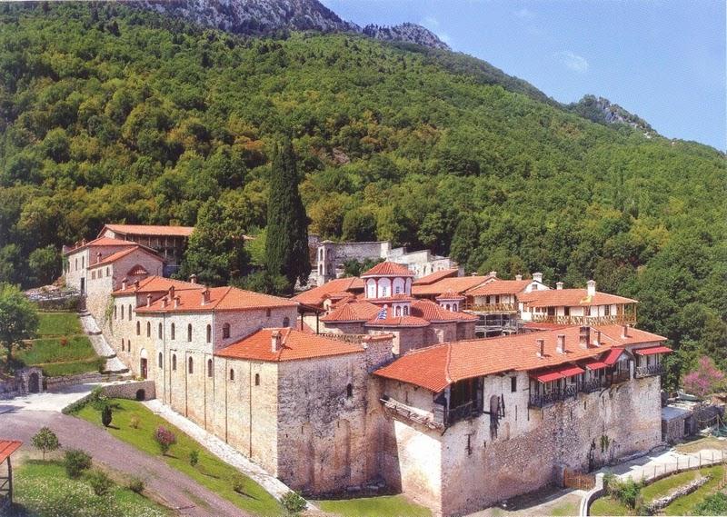 Μονή Αγίου Βησσαρίωνος Δούσικου