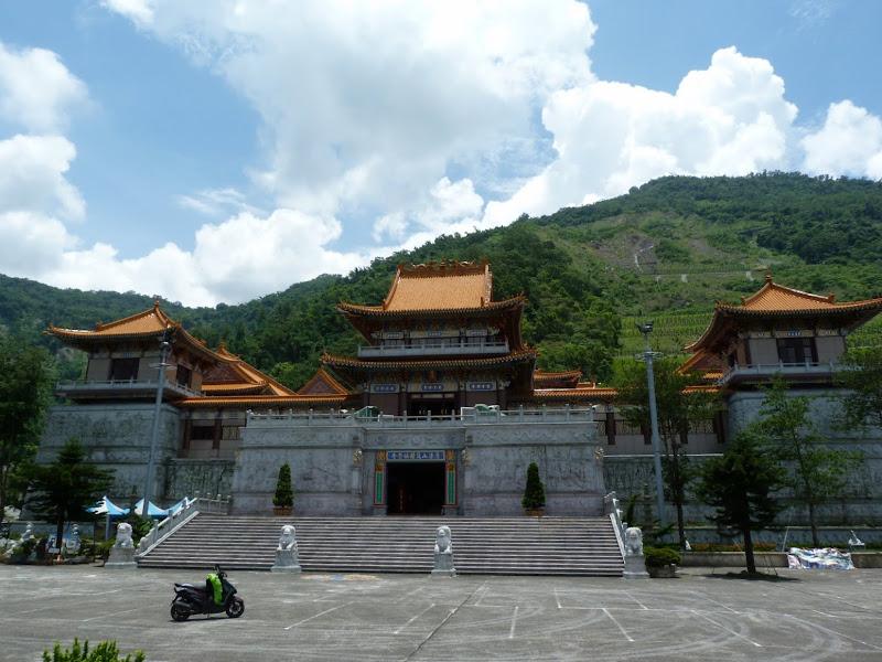 Tainan County. De Baolai à Meinong en scooter. J 10 - meinong%2B130.JPG