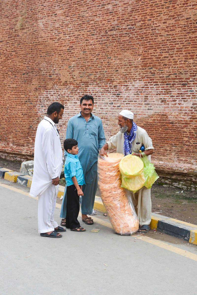 Item seller in Lahore fort, Lahore