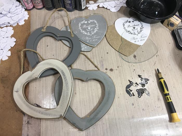 02 Heart Frames Disassembled