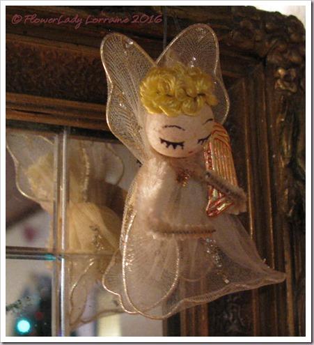 12-10-angel3