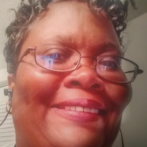 user deserai carmichael apkdeer profile image