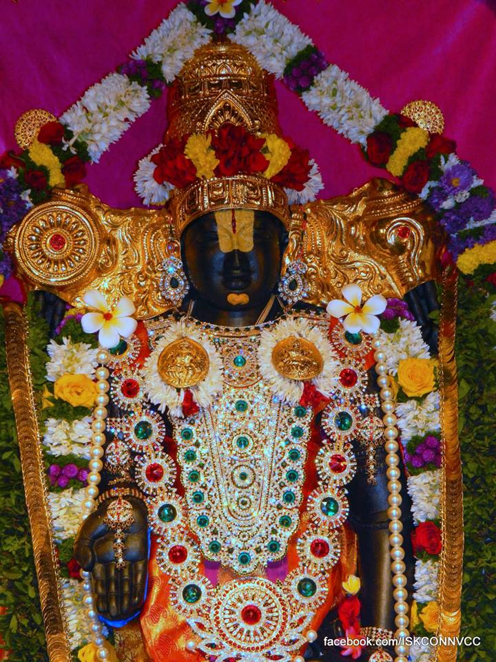 ISKCON Pune Deity Darshan 21 Dec 2015  (9)