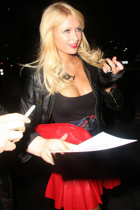 Paris Hilton Is A Party Girl(fun girls-4photos)4