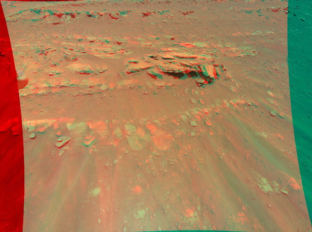 The Ingenuity helicopter allows you to see the surface of Mars in 3D.