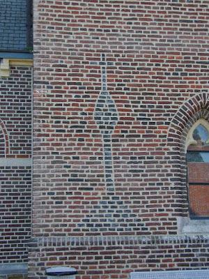 Calvarie op de oude kerktoren.