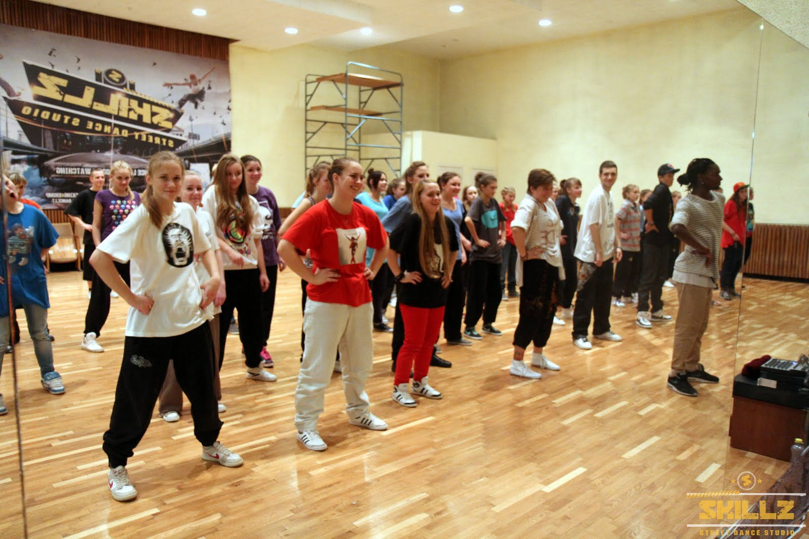 Hip- Hop workshop with Shaadow (UK) - IMG_1933.jpg