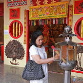 vegetarian-festival-2016-bangneaw-shrine008.JPG