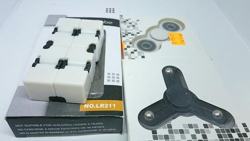 DSC 6034 thumb%255B2%255D - 【フィジェット/Fidget】次世代フィジェット「Fidget Infinity Cube (フィジェット・インフィニティ・キューブ)」&「ハンドフィジェットスピナー2種」レビュー。無限パワー!?