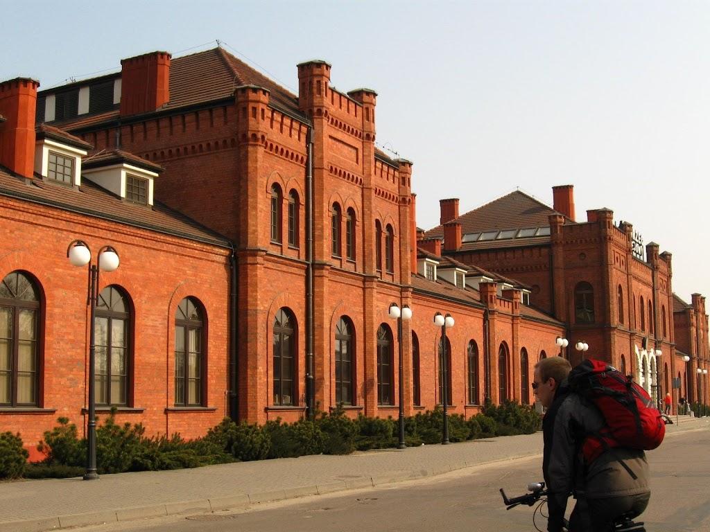 Dworzec kolejowy w Skierniewicach