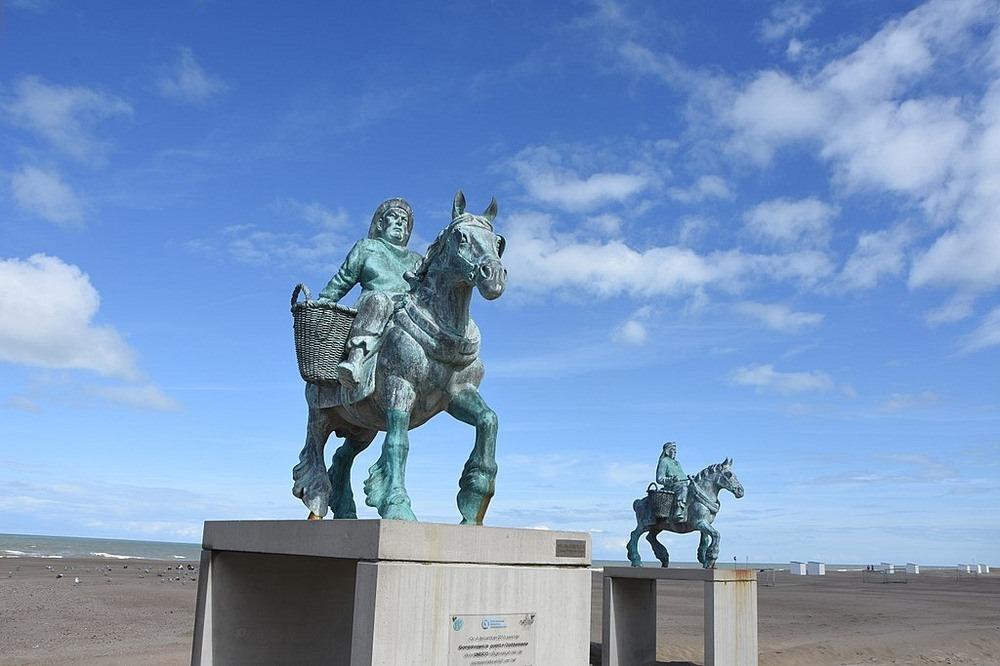 horseback-fishing-oostduinkerke-3