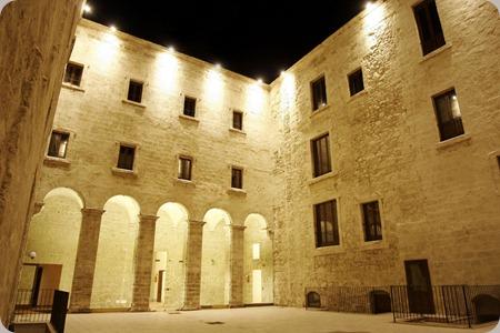 Taranto-Museo-Diocesano.-Cortile-interno