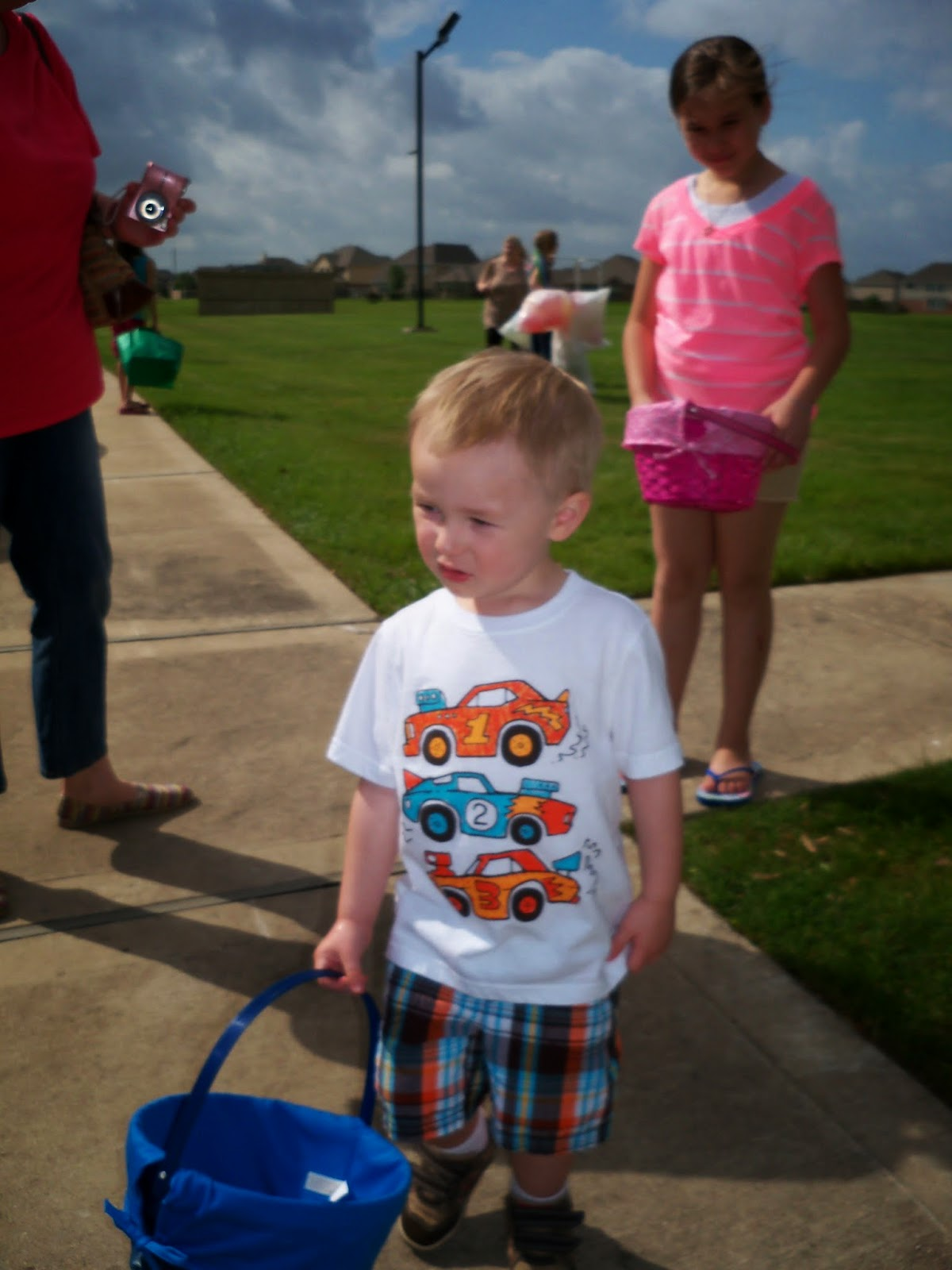 Easter Egg Hunt - 116_1443.JPG