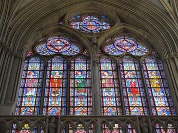 2017.06.10-060 vitraux de la cathédrale